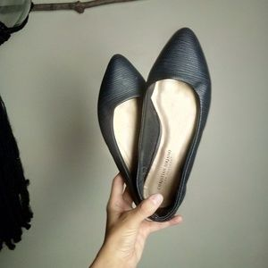 🆕 Matte Black Pointed Flats Size 9 WIDE